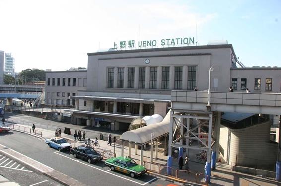 上野駅早朝のイメージ