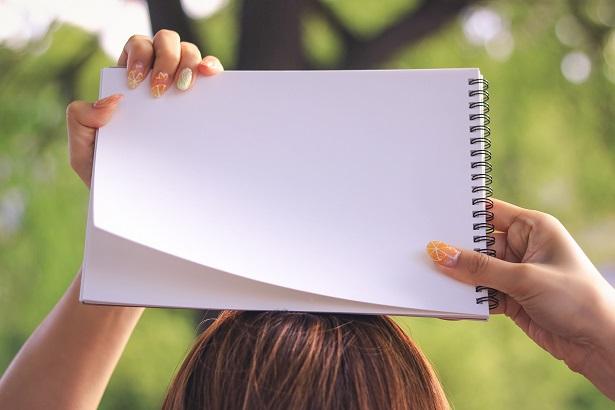 白紙のメモ帳
