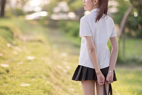 制服コスプレの女の子